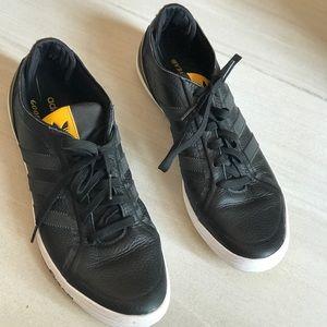 Adidas Goodyear Men sneakers